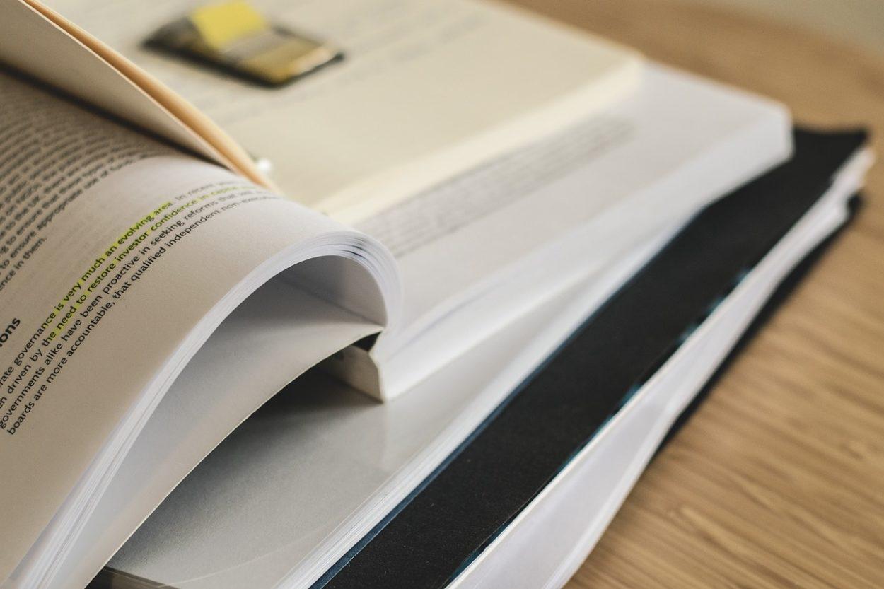 Bücher, Lernen, Ausbildung und Karriere