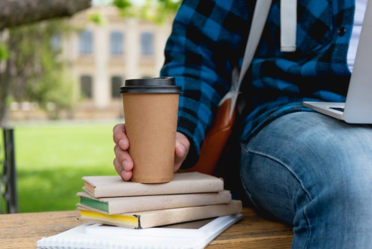 Lernen für Klausuren an der frischen Luft